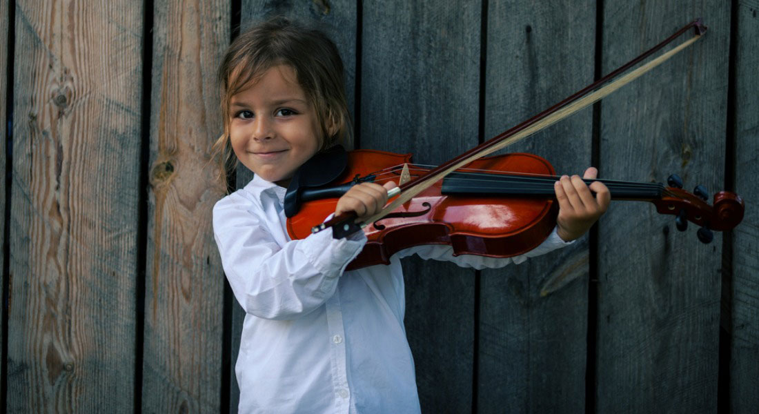 4-Farmhouse_Violinist_1100x600